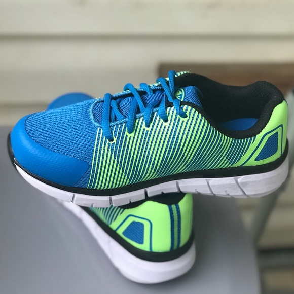 Shoes   Lightweight Boys Athletics Shoe